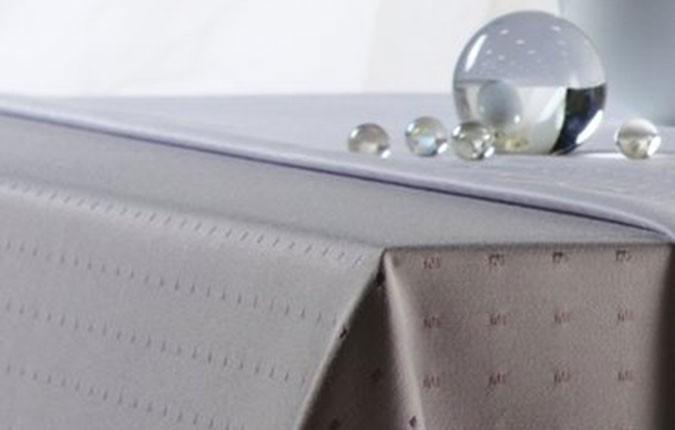 bügelfreie Tischdecke Simple